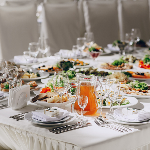 wedding table sit down dinner